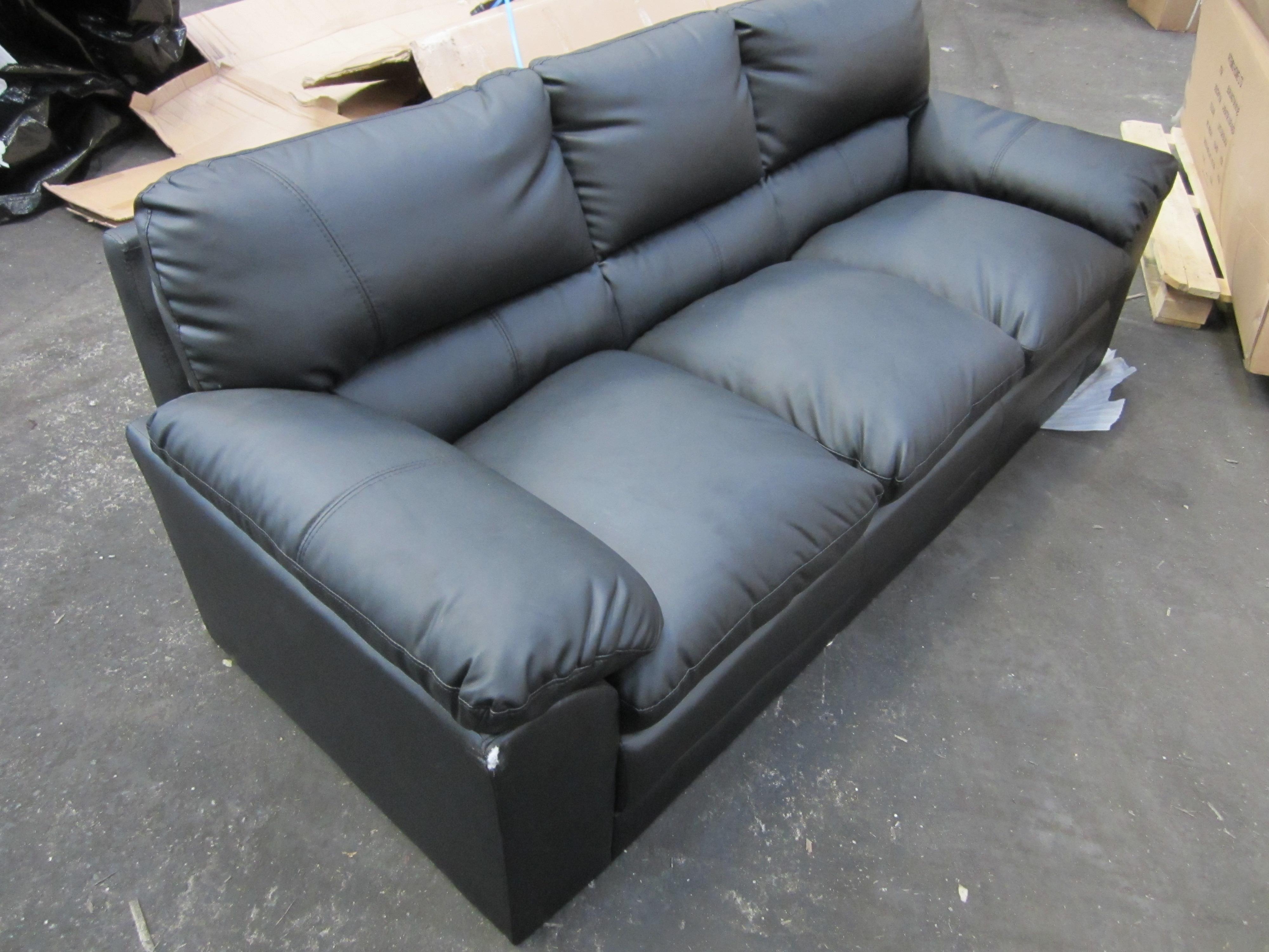 3 Seat Leather Sofa Black New Slight Damage Naa26 Ebay