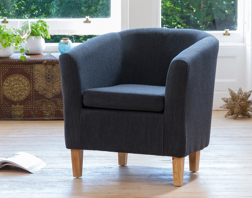 Clevedon tub chair black