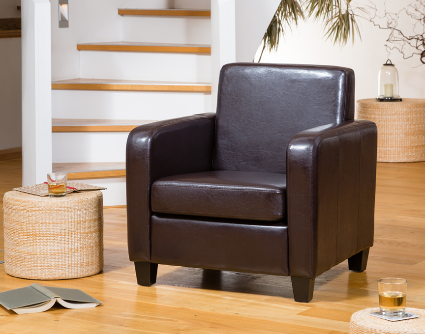 Nelson armchair brown