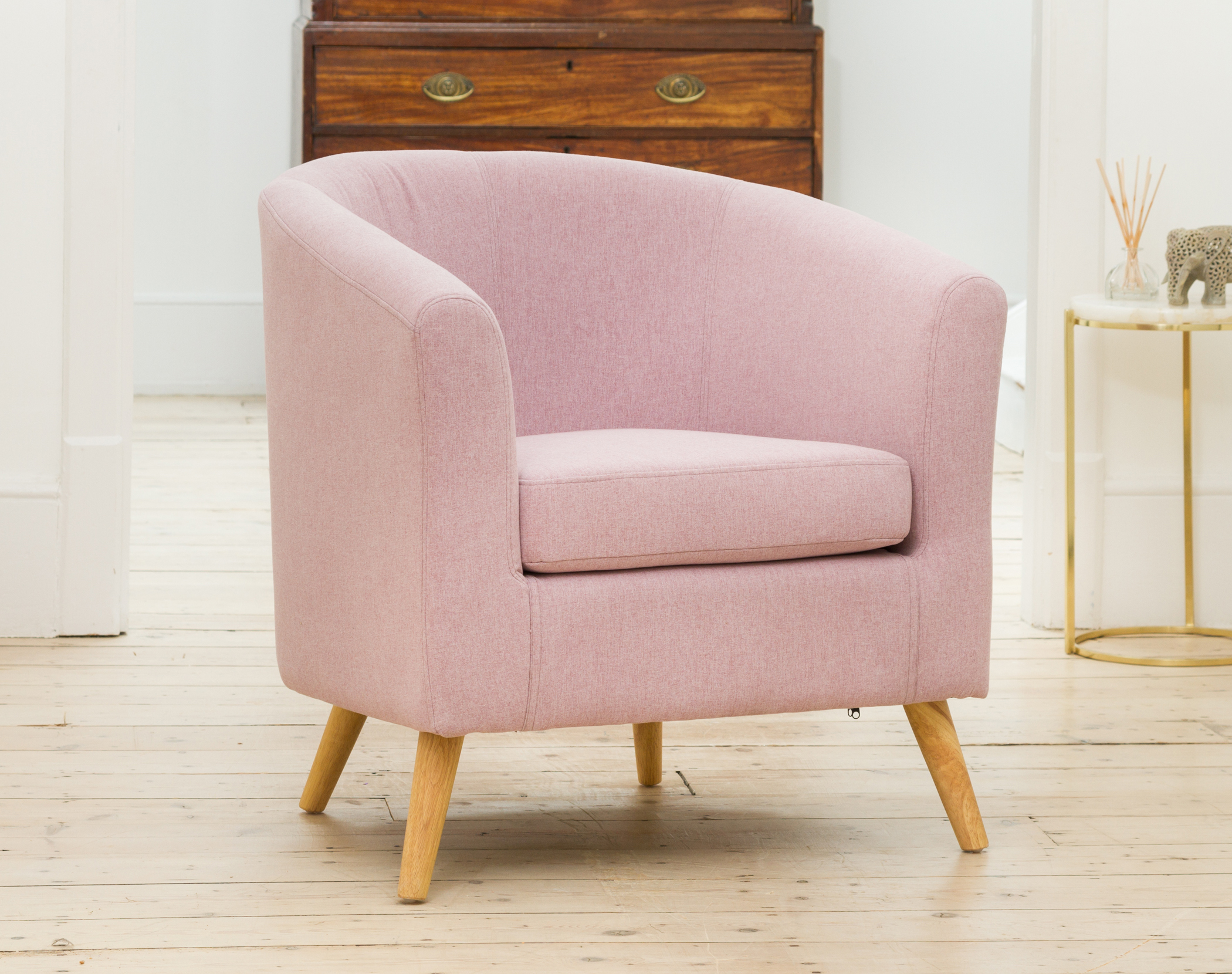 Wycombe Tub Chair pastel lilac